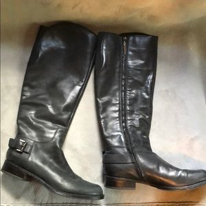 Guess knee-high black leather riding boots